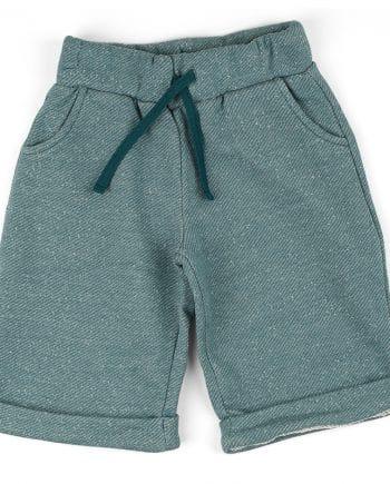 Comfortabele korte sweater broek in petrol. Makkelijk te combineren met andere items en zit heerlijk.